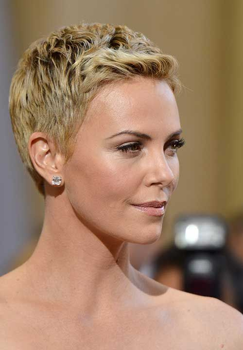 Charlize Theron Short Haircut 2019 For 40 years old Female