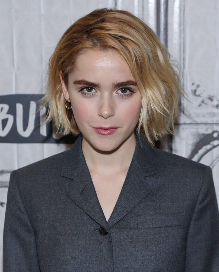 Kiernan Shipka new hairstyle with blonde hair color