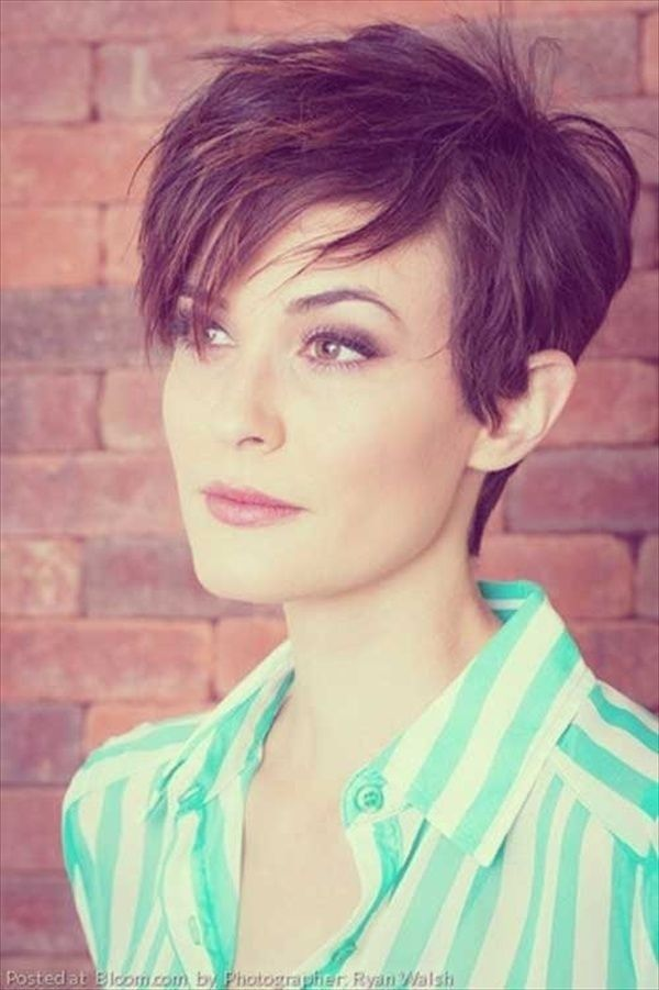 Popular Short Haircuts For Women Thin And Thick Hair