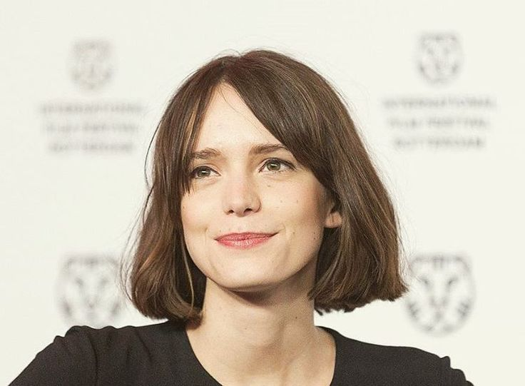 Stacy Martin Short Hairstyles How To Do