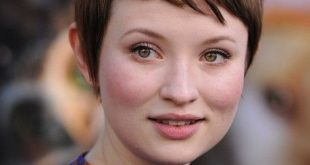 Emily Browning Short Pixie