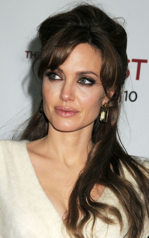 Angelina Jolie Hairstyle 2020 Short Long Extensions Bangs