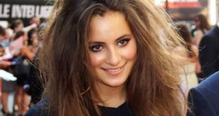 Lily Sastry Long Hairs with tousled waves